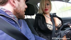 Hot blonde Milf fucks taxi driver