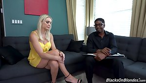 Blonde MILF fucks about her black therapist in paradoxical XXX couch measure