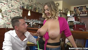 Tasty inches of dick for rub-down the voluptuous blonde