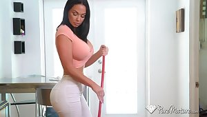 Single mommy Brooke Beretta is take a liking to real tramp while carrying-on with her dildo fellow