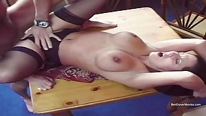 British cougar Gets Fucked - Amateur Sex