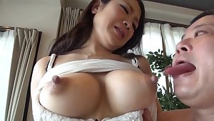 Mature Japanese housewife on every side nice heart of hearts possessions fucked hard